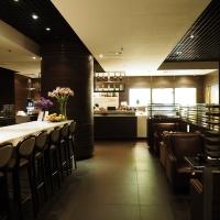 """[รีวิว] """"Plaza Premium Lounge"""" เลาจน์ฟรีสำหรับสมาชิกบัตรเครดิต JCB Platinum ที่สนามบินฮ่องกง"""